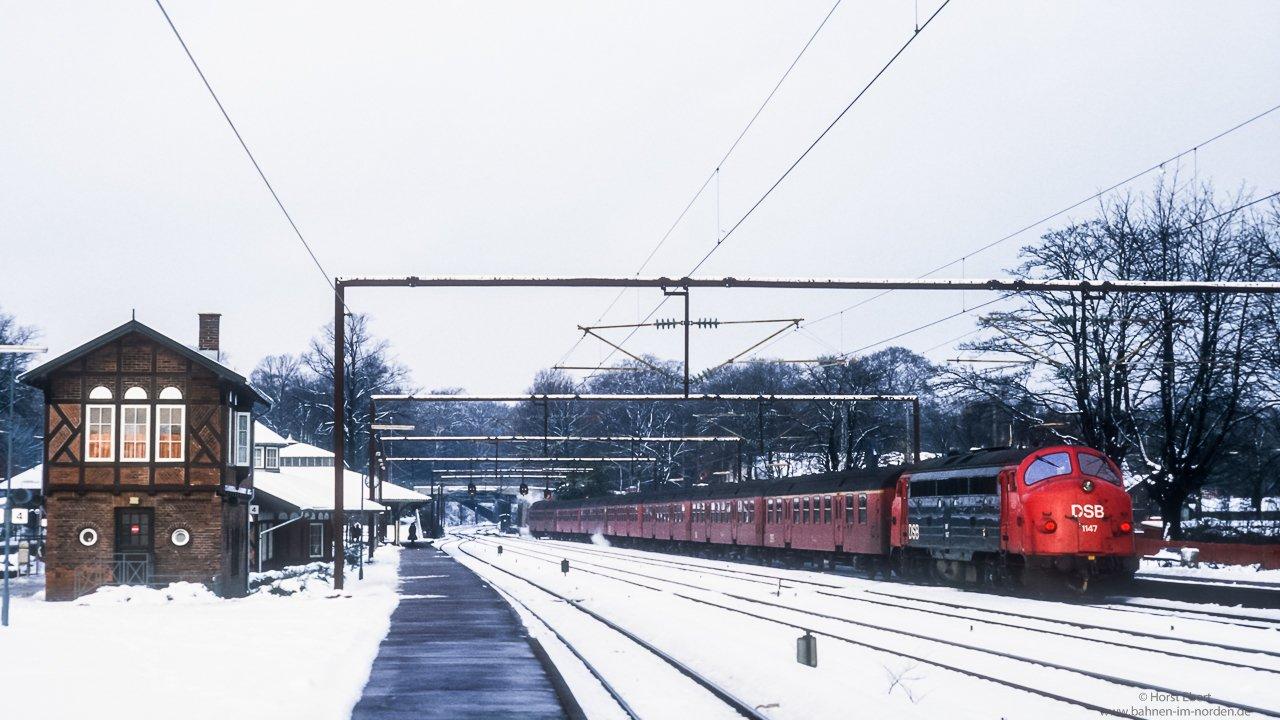 30 år med eldrift på kystbanen - Jernbanehistorisk forum